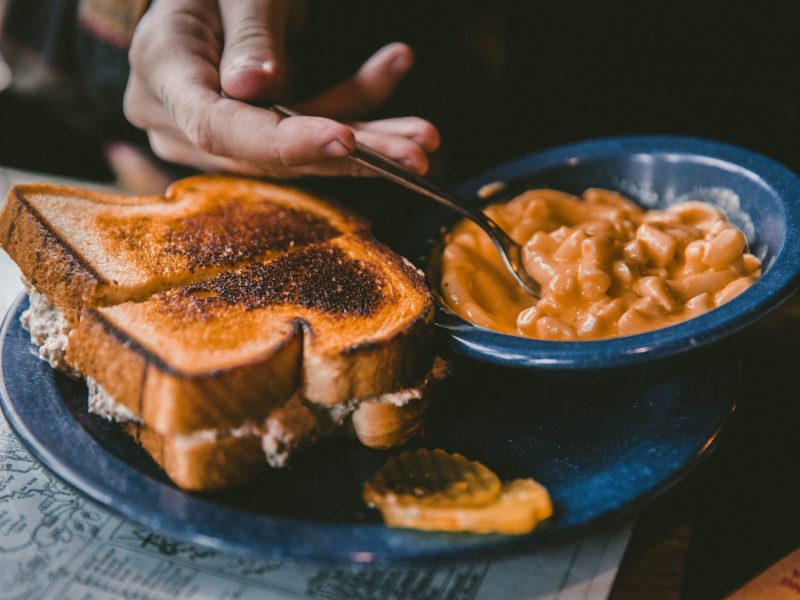 grilled cheese and mac and cheese